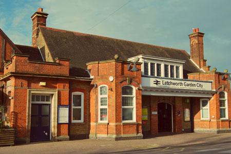 dworzec_letchworth.jpg