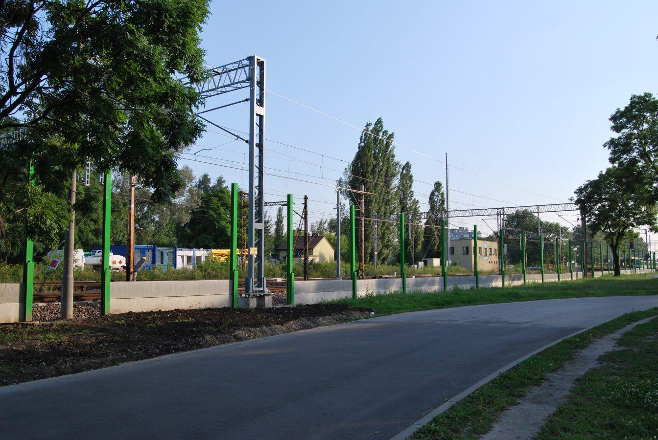 Ekrany akustyczne przy Biedronce i ul. Drukarzy